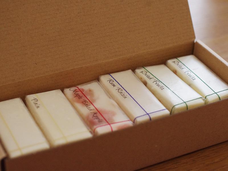 箱を開けると6つのケーキが並ぶ